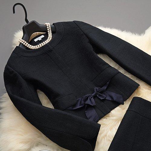 【MG713】フロントリボンが個性的なブラック2点スカートスーツ ツイード 学校行事 パーティー 食事会 卒業式 卒園式(ネイビー)
