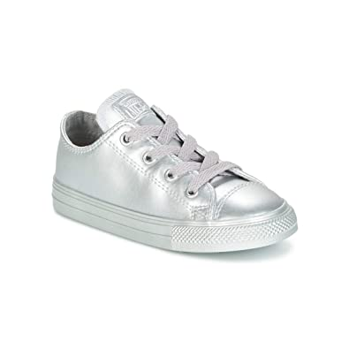 5b8206aacb5f Converse Chuck Taylor All Star Metallic Leather OX Infant Trainers Girls  Silver - 4 Toddler - Low top Trainers  Amazon.co.uk  Shoes   Bags
