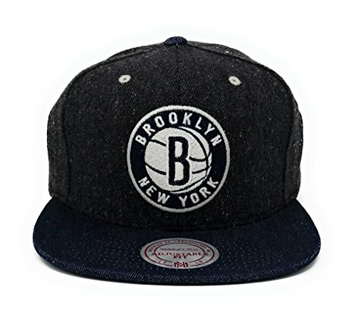 (Mitchell & Ness Brooklyn Nets Tweed Demin Strapback Hat)