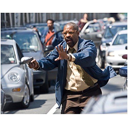 The Taking of Pelham 1 2 3 (2009) 8 inch x 10 inch PHOTOGRAPH Denzel Washington Running in Traffic w/Gun kn