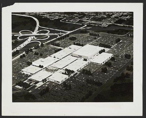 Photo: Roosevelt Field Shopping Center,mall,roads,East Garden City,New - Garden Ny Mall City