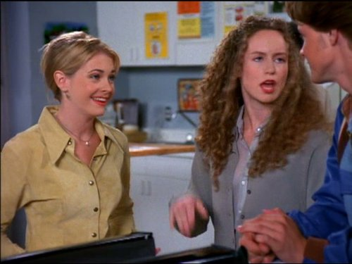 Bundt Friday (Best Witch Tv Shows)