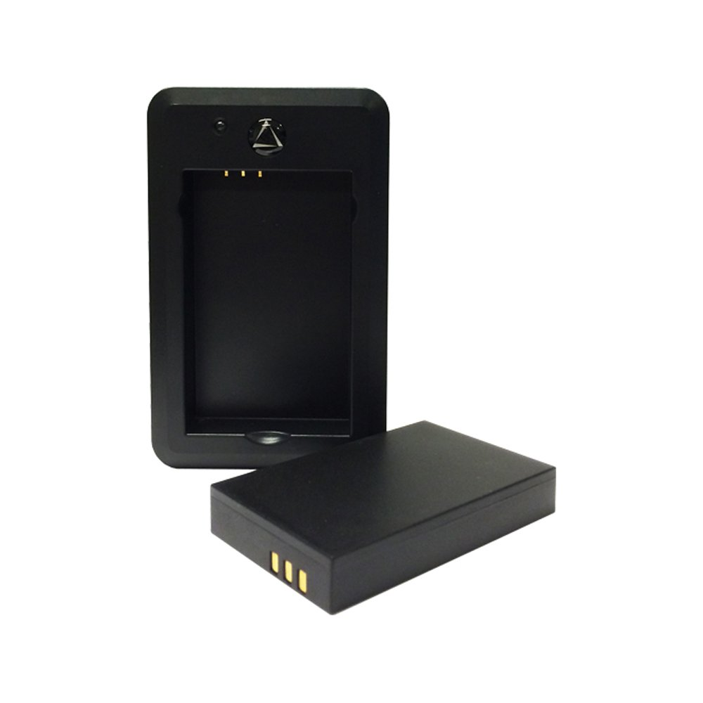 LandAirSea 2410 Battery Charger with 10400 mAh Battery
