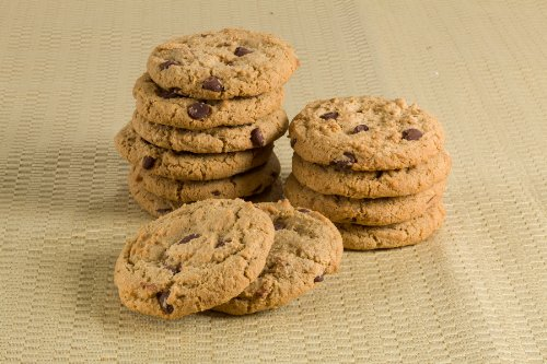 Old Fashioned Gourmet Bakery Gift Holiday: Chocolate Chip Cookie, Cranberry Cookie, Peanut Butter Cookie, Oatmeal Raisin Cookies, Rugelach, Chocolate Crumb cake. Great Gift Basket! by Dulcet Gift Baskets (Image #3)
