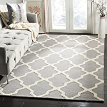 Safavieh Cambridge Collection CAM121D Handmade Moroccan Geometric Silver and Ivory Premium Wool Area Rug (4' x 6')