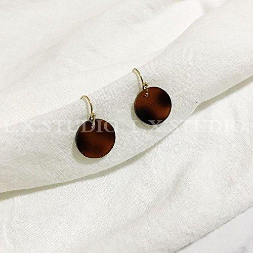 TKHNE Custom hand-made original design winter fashion minimalist retro amber resin wafer ear clip earrings ear (Amber Chandelier Hook Earrings)