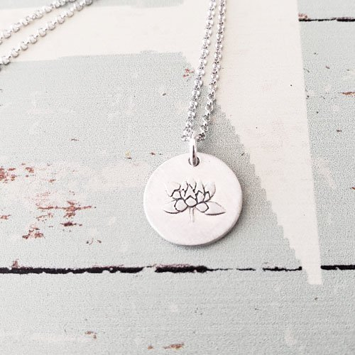 s Flower Small Pendant Necklace (matte finish) (Silver Finish Flowers)