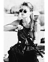 Linda Hamilton as Sarah Connor in sunglasses loading rifle Terminator 2 24x36 Poster