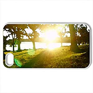 Beautiful Sunset - Case Cover for iPhone 4 and 4s (Forests Series, Watercolor style, White)