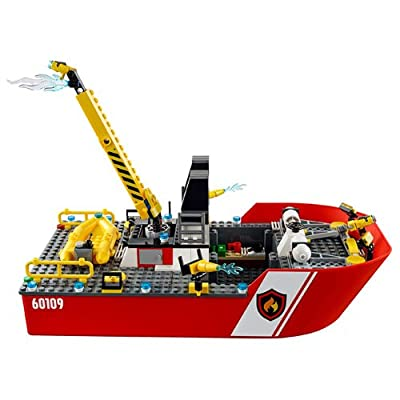 LEGO City Fire 60109 Fire Boat: Toys & Games