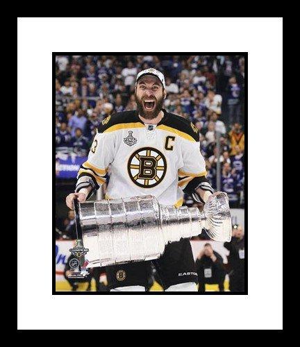 Boston Bruins Stars Autographed 8x10 Photograph 301060737