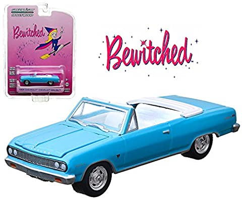 Greenlight Hollywood Limited Edition Bewitched 1964 Chevrolet Chevelle Malibu Convertible - 1964 Malibu Convertible