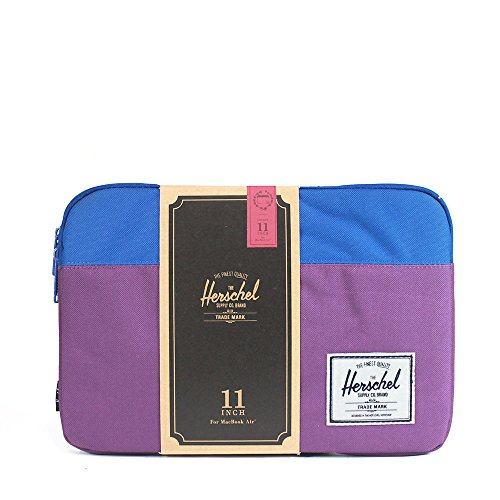 herschel-supply-co-anchor-sleeve-for-11-inch-macbook-cobalt-one-size