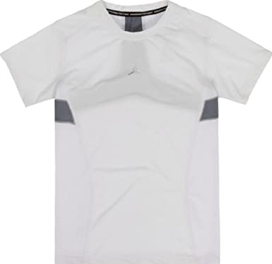 442bb43c1a95 Amazon.com  NIKE Air Jordan Boys  Stay Cool Compression T-Shirt ...