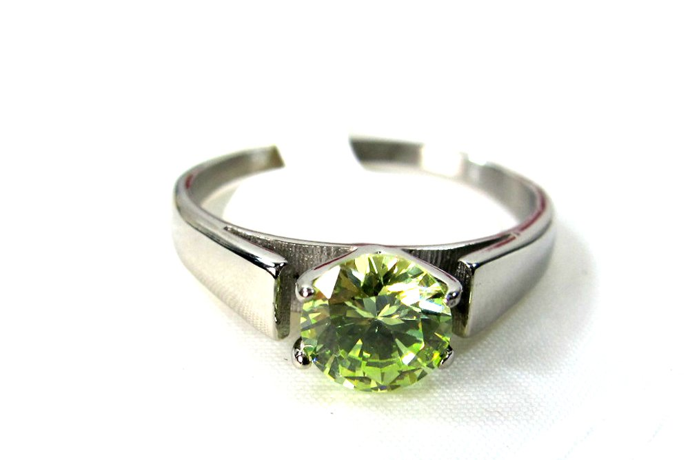 Green Peridot Ring Once Upon a Time Snow White Stainless Steel (US 5)
