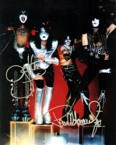 Kiss Signed Photo (The Rock Group Kiss Signed Autographed 8 X 10 Reprint Photo - Mint Condition)
