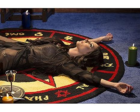 Amazon.com: El amor Bruja Samantha Robinson en negro ...