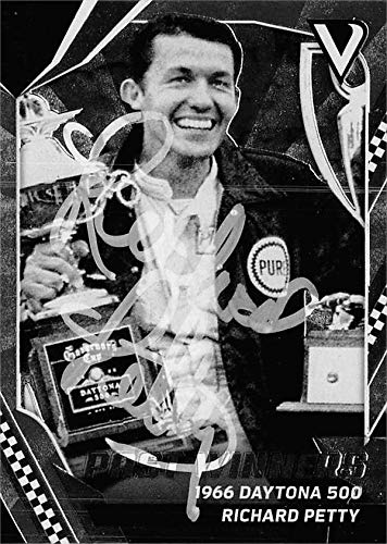 Richard Petty autographed trading card (Auto Racing, NASCAR, SC) 2018 Panini Victory Lane 1966 Daytona 500#51