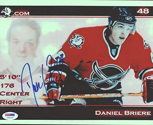 Autographed Daniel Briere Picture - 8x10 Buffalo Sabres #U96050 - PSA/DNA Certified - Autographed NHL Photos (Buffalo Nhl Photo Sabres Signed)