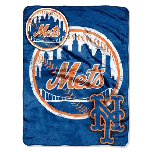 MLB New York Mets Micro Raschel Plush Throw Blanket, Trip Play Design