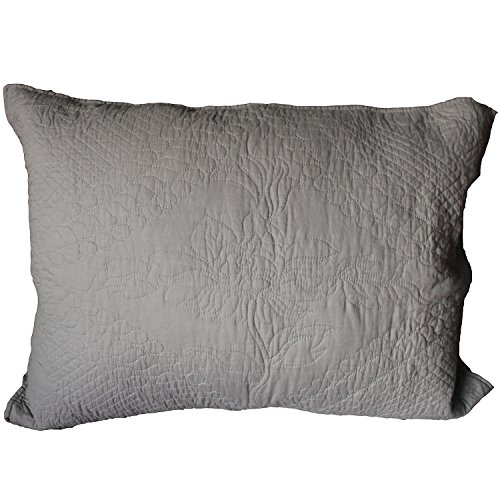 FantasyDeco Quilted Standard Sham, 20''x26'', Grey, 2 Pieces by FantasyDeco