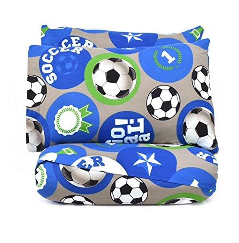 Soccerteens in shorts