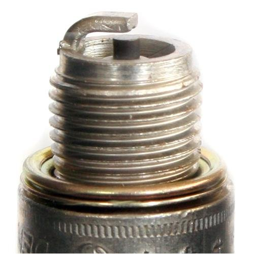 Denso (6052) TR22-10 Traditional Spark Plug, Pack of 1