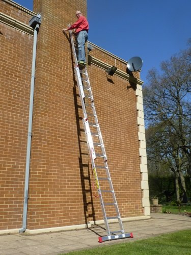 6.26m TRADE MASTER 3 Section Extension Ladder with Integral Stabiliser PLUS Step Platform by BPS Access Solutions (Access Platform)