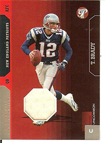 Football NFL 2005 Pristine #142 Tom Brady Jersey MEM /500 Patriots