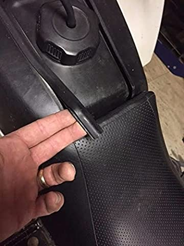 2 x Gas tank side cover rubber inserts mole Yamaha Banshee NEW OEM stock factory - Yamaha Banshee Stock