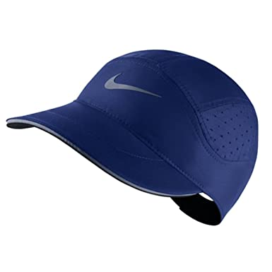 0b989645695 NIKE Mens Aerobill TW Elite Running Hat  Amazon.ca  Clothing   Accessories