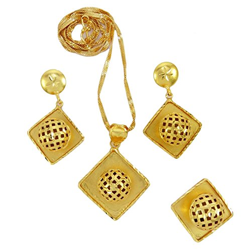 Banithani Bollywood Traditional 18K Goldplated Designer Pendant Necklace Set Jewelry
