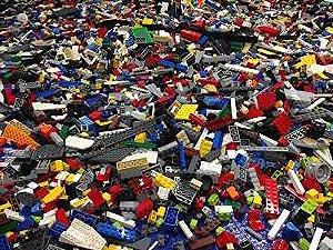 Lego 200 Random Pieces of Used Bricks and Parts Bulk Lot