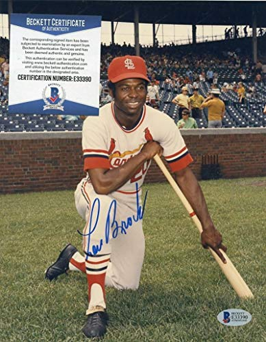 (Lou Brock St. Louis Cardinals Posed Autographed Signed Memorabilia 8x10 Photo Beckett E33390)
