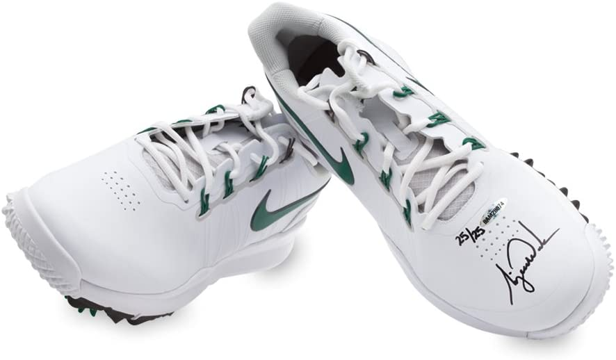 tiger woods golf cleats