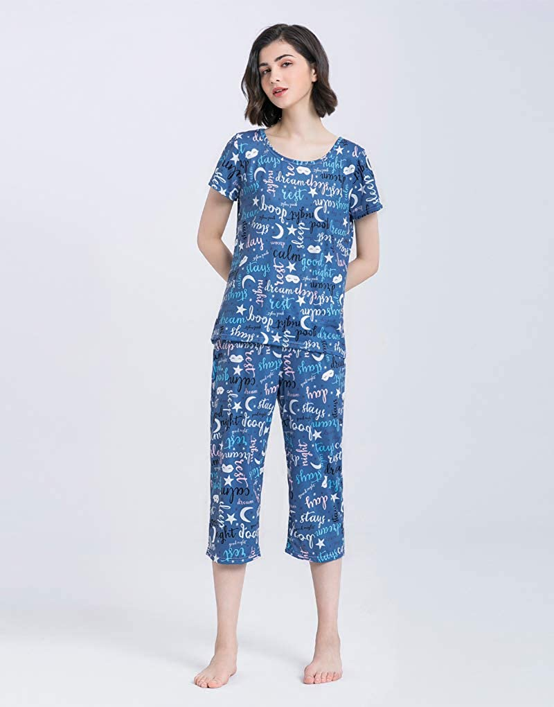 YIJIU Womens Short Sleeve Tops and Capri Pants Cute Cartoon Print Pajama Sets