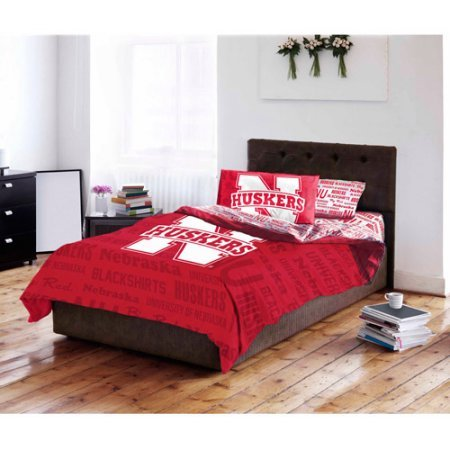NCAA University of Nebraska Cornhuskers Bed in a Bag Complete Bedding Set (Full)