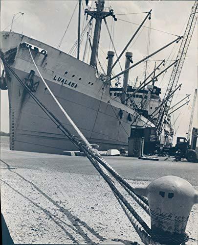 1963 Press Photo Transportation Port Everglades Lualaba Ship Rope Vintage 8x10