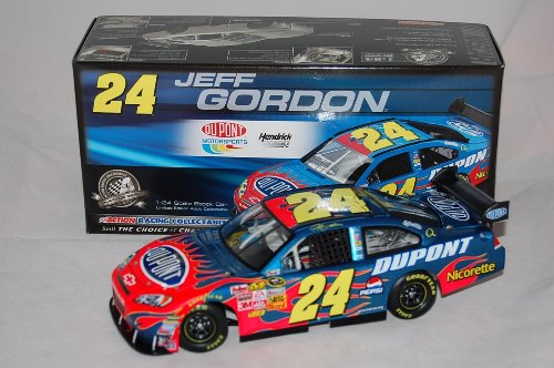 Jeff Gordon #24 Dupont 2008 Impala SS Action Racing 1/24 Scale Diecast ()