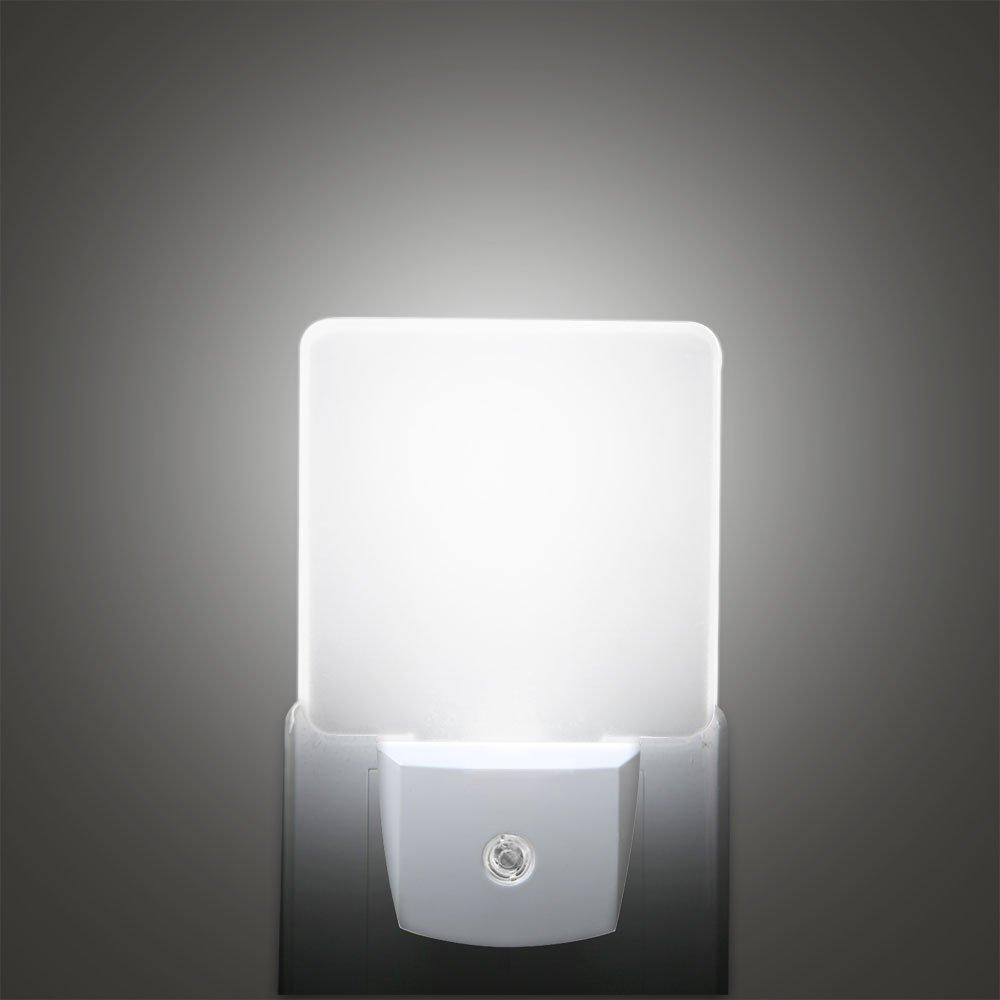 Waynewon 0.5W Plug-in LED Night Lights, Stylish Nightlights with Dusk to Dawn Sensor, White Light Perfect for Bathroom, Kitchen and Hallway, 2-Pack