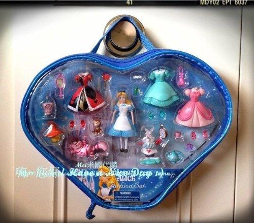 Disney S Quot Alice In Wonderland Quot Fashion Set Disney Parks