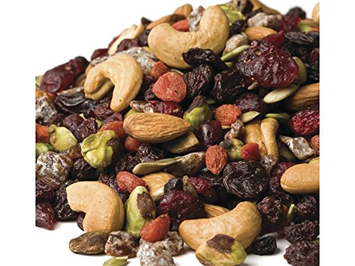 Anna and Sarah Natural Very Berry Trail Mix in Resealable Bag, 1 Lb (Raw Nuts Mix compare prices)