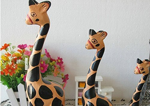 Berry President® Color Hand Painted Creative Warm Lovely Wooden Carving Giraffe Family 3 Pcs/set Wood Craft Figurines/statues Christmas Gift Home Decoration Ornaments