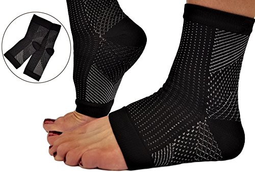 RiptGear Plantar Fasciitis Socks for Women and Men - 1 Pair Plantar Fasciitis Sleeves for Heel and Foot Pain with Ankle Compression - Small by RiptGear (Image #1)