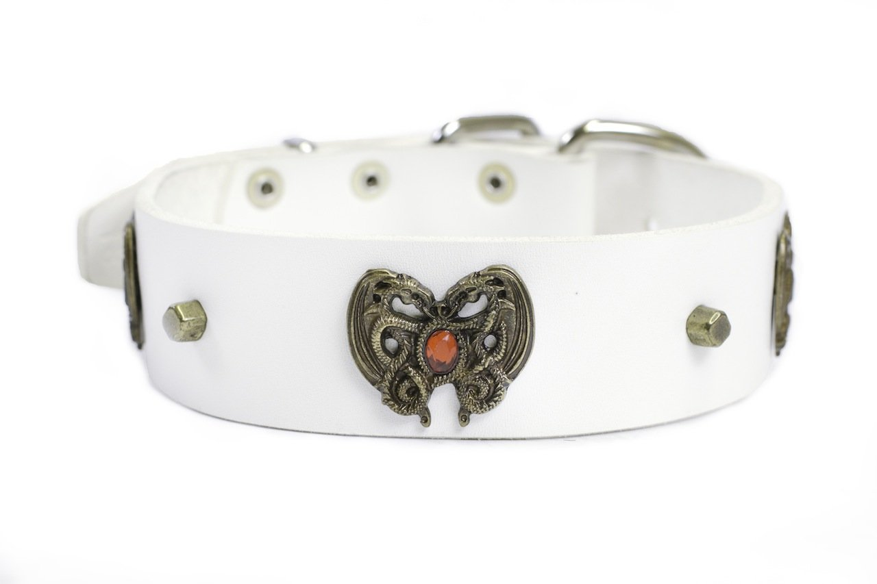 Dean and Tyler  DRAGON HEART  Dog Collar With Nickel Buckle White Size 46cm By 4cm Width. Fits neck size 16 Inches to 20 Inches.
