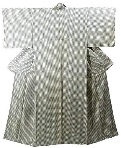 リサイクル 着物 小紋 菱繋ぎ模様 裄62cm 身丈152cm 正絹 袷