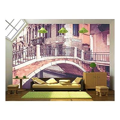 Made to Last, Elegant Handicraft, Beautiful Bridge in Antique Venice City Italy