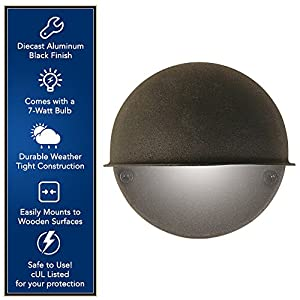 Moonrays Low Voltage Outdoor Wall Mounted Light with Round Metal Surface (7-Watt Bulb, Cast Black)