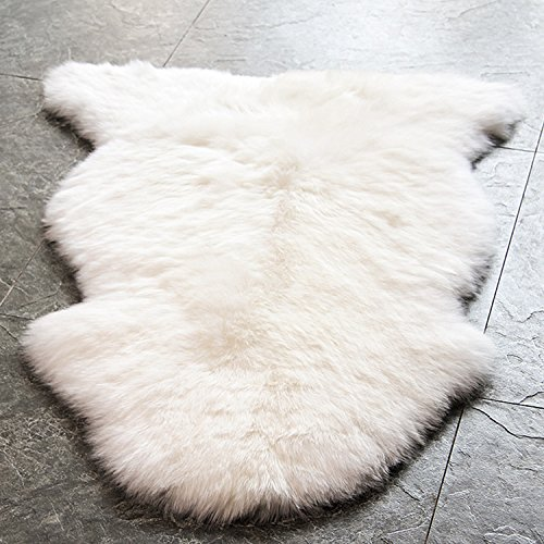 WaySoft Eco-Friendly Genuine New Zealand Sheepskin Rug, Luxuxry Genuine Fur Rug for Mom, Grandma, Grandpa or Housewarming Gift (Single Pelt, Natural)