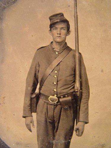 - HistoricalFindings Photo: Unidentified Soldier,Cartridge,Cap Boxes,Musket,American Civil War